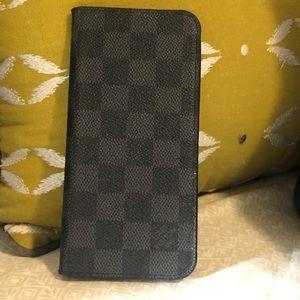 Used iPhone Folio